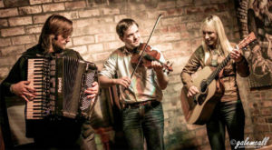 Jenny & the Jameses False Bay Folk Club at Clovelly Country Club, Clovelly, Cape Town Acoustic Celtic music