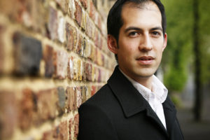 Tim Murray will conduct the Cape Town Philharmonic Orchestra, Cape Town Opera Chorus and stars in Cape Town Opera's Der fliegende Holländer