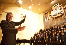 Johan de Villiers conducts Mendelssohn Elijah