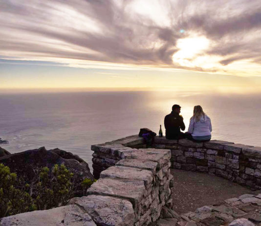 Is Table Mountain Cableway wheelchair friendly, Cableway half price tickets, New7Wonders of Nature, What to do on Table Mountain?