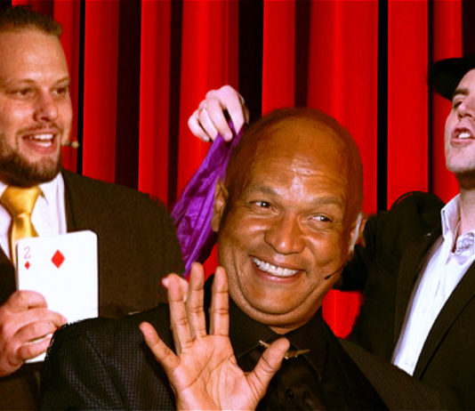 3 Funny Guys & A Pack Of Cards