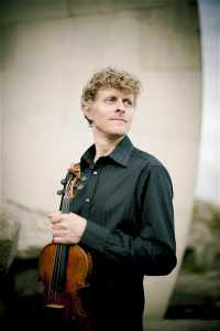 Dutch jazz violinist Tim Kliphuis: Interview