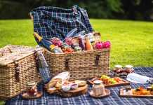 Enjoy a picnic on the lawns of The Cellars-Hohenort Cape Town