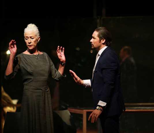Antoinette Kellermann and Neels van Jaarsveld in Koningin Lear. Picture: Nardus Engelbrecht
