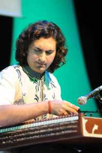 Rahul Sharma appears in Symphony of Santoor in Cape Town