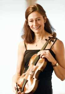 Violinist Bettina von Dombois from Germany