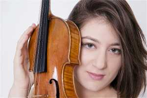 Violinist Veriko Tchumburidze makes SA debut