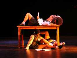 A Howl in Makhanda: Magnet Theatre