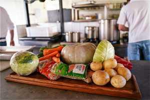 Stellenbosch Chefs unite for soup kitchen