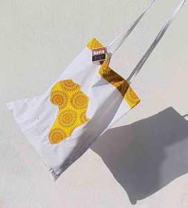 An Ikamva Design shweshwe bag produced in Cape Town